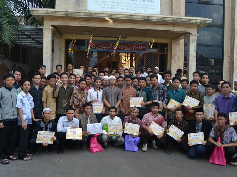 دورات وفعاليات المشروع لطلاب المعهد العالي لإعداد المعلمين في إندونيسيا