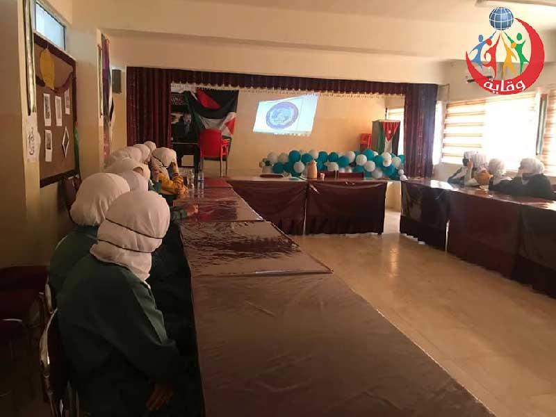 محاضرة حول وقاية الشباب من الجرائم الإلكترونية للدكتور منذر النواصرة في الكرك-الأردن -2021